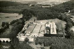 Chevillon – Vue aérienne de l'usine de tubes et du pont sur la Marne