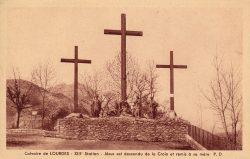 Lourdes – Calvaire – Xe Station – Jésus est dépouillé de ses vêtements